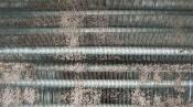 クリーニング前の熱交換器 東芝の壁掛形エアコン