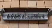 クリーニング前のルーバー(風向板)と吹出口 神戸の床置形エアコン
