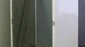 クリーニング後の筐体 神戸の床置形エアコン